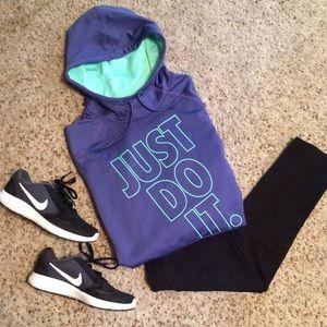 Nike Thermafit Hoodie Sweatshirt